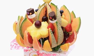 サプライズの誕生日プレゼント・ハッピーカラーフルーツ