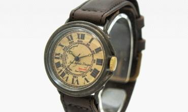 女性の誕生日プレゼントにオススメのアンティーク手作り時計