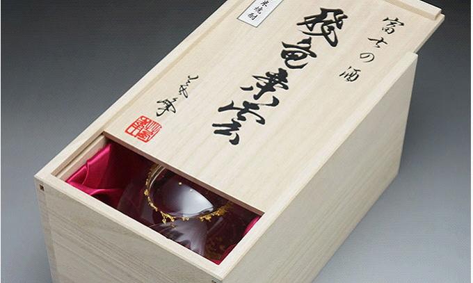 富士山ボトルの木箱