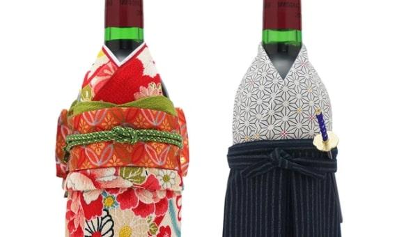 サプライズの誕生日プレゼントに着物で「おめかし」したワイン
