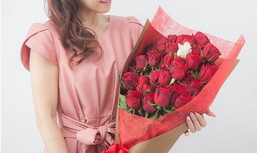 3本のバラの花束
